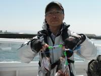 <p>大和高田市の野口様、中波止で、セイゴ2匹、目測55~60cmのハネ2匹</p> <p>ウキ釣り 餌シラサエビ</p>
