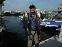 <p>東大阪市の今中様、中波止で57cmと58cmのハネ</p> <p>ウキ釣り 餌シラサエビ</p>
