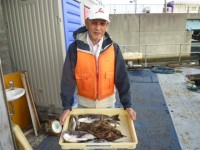 <p>堺市の諸永様、沖の北で、チヌ 8匹・2匹で1kgのタコ</p> <p>オキアミ</p>