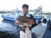<p>松原市の橘様、沖の一文字北でイガイの落とし込みでチヌ6匹の釣果です</p> <p>51cmまでのチヌです!</p>