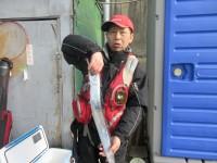 <p>東大阪市の高岡様、旧の一文字赤灯で、太刀魚 指4本 1匹</p> <p>ウキ釣り 餌シラサエビ</p>