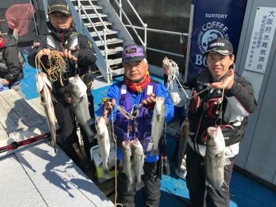 <p>泉州ハネ釣り研究会様、沖の南・中波止2番・3番で</p> <p>45㎝~65㎝までハネ10匹</p> <p>エビ撒き釣り</p> <p></p>