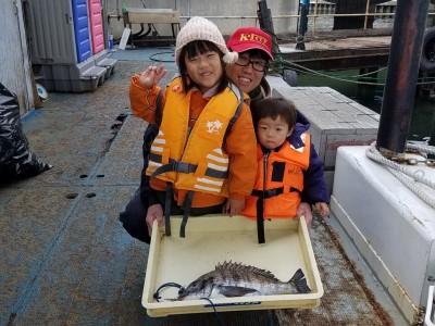 <p>堺市の高野様、中波止3番で、チヌ 46cm 1匹</p> <p>フカセ釣り 餌オキアミ</p>