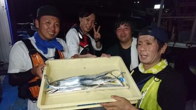 <p>アルプ様 沖の北 ワインド タチウオ/小アジGET</p> <p>今日もタチウオは釣れてますね!おめでとうございます</p>
