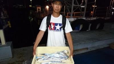 <p>金沢様 沖の北 ジグ タチウオ多数GET</p> <p>数も上がってますね(^^♪おめでとうございます</p>