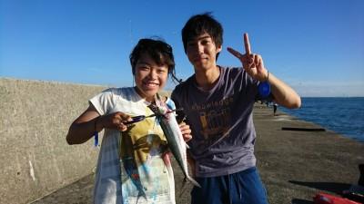 <p>リアルタイム!沖の北 ショアジギでサゴシが釣れていました。タチウオも1匹釣れたそうです。サビキ釣りは小アジと中サバが釣れていました。</p>