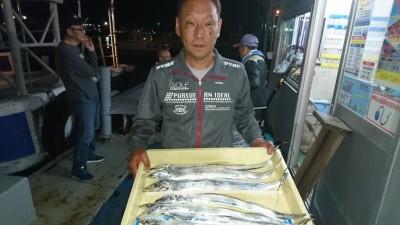 <p>織田様 沖の北 ウキ釣り タチウオ多数GET</p> <p>タチウオも良く釣れています(^^♪おめでとうございます</p>