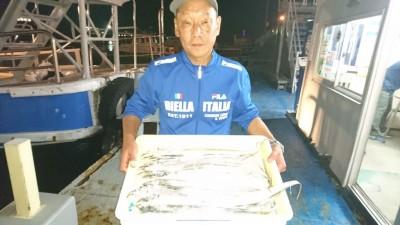 <p>織田様 沖の南 テンヤ タチウオ多数GET</p> <p>イワシを餌にされての釣果です(^^♪おめでとうございます</p>