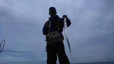 <p>沖の北 ショアジギでタチウオ!しばらく様子を見ていたんですが、ほとんどのかたが釣っているようでした。</p>