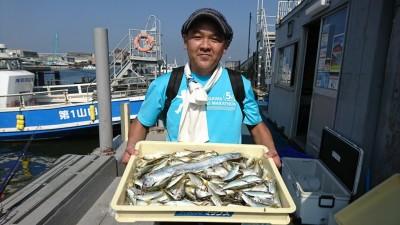 <p>藁粥様 沖の北 サビキ釣りで小アジ大漁!タチウオも♪</p>