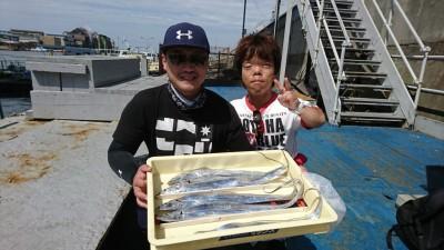 <p>秋田様 沖の北 ショアジギだタチウオ!朝の時合いの釣果です。</p>