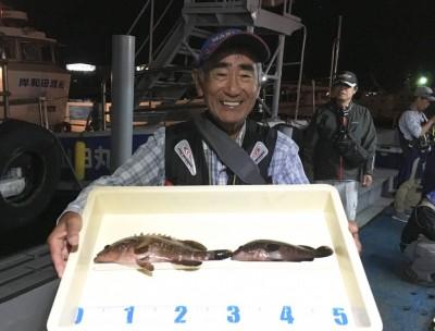 <p>竹村様 旧一文字 エビ撒き釣り アコウ30cmまでを2匹</p> <p>日が沈んでからアタリ始めたとの事です。いつも釣果情報提供にご協力頂き、ありがとうございます。</p>