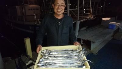 <p>匿名様 沖の北 どじょうテンヤ タチウオ大漁GET</p> <p>タチウオも好調です!おめでとうございます(^^♪</p>