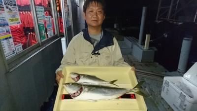 <p>中村様 沖の北 のませ釣り メジロ/ツバスGET</p> <p>飲ませ好調ですね(^^♪おめでとうございます!</p>