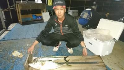 <p>金井様 沖の北 のませ釣り メジロ/サゴシGET</p> <p>青物釣果出てますね(^^♪おめでとうございます!</p>