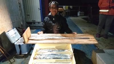 <p>八和田様 沖の北 ウキ釣 タチウオ104cmまで多数GET</p> <p>第3回タチウオダービー優勝おめでとうございます(^^♪最終日にやりましたね♪</p>