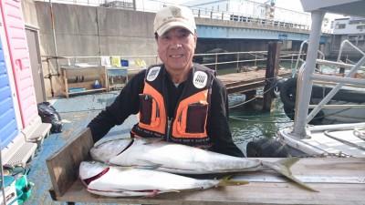 <p>前田様 沖の北 のませ釣り ブリ89cm/メジロGET</p> <p>この前逃げたブリを捕獲できましたね(^^♪見事リベンジ達成です!おめでとうございます!</p>
