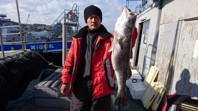 <p>藤本様 沖の南 のませ釣り ハネ79cmGET</p> <p>冬に向け肥えたハネですね(^^♪おめでとうございます!</p>