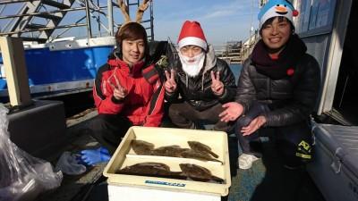 <p>林様 沖の北 カレイ6匹! クリスマスの仮装ありがとうございます♪</p>