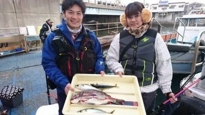 <p>高橋様 沖の北 サビキ チヌ/サバGET</p> <p>チヌもサビキで釣れたそうです(^^♪おめでとうございます!</p>