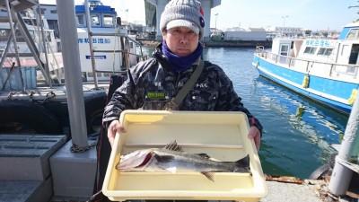 <p>澤田様 沖の北 エビ撒き ハネGET</p> <p>ハネも釣れてますね(^^♪魚はいらないとの事で寄付していただきましたが、その後、夫婦の方が喜んで持って帰られましたよ(^^♪ありがとうございました!</p>