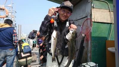 <p>山本様 沖の南 ハネ研様例会での釣果です。今日はどのポイントも釣り人が多い中ナイスな釣果です。</p>