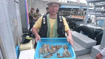 <p>米倉様 沖の北 タコジグ タコGET</p> <p>今日は沖の北がいいようです!おめでとうございます</p>