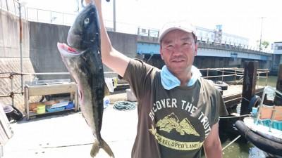 <p>鶴田様 沖の北 ノマセ ハマチGET</p> <p>青物釣れますね!(^O^)おめでとうございます</p>