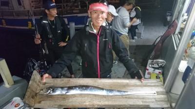 <p>川崎様 沖の北 ルアー タチウオ103.5cmGET</p> <p>タチウオ初日でメーターオーバー釣れてますね!おめでとうございます(^O^)</p>