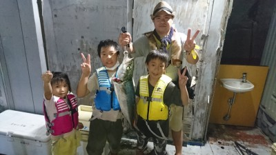 <p>藤本様 沖の北 ルアー メジロGET</p> <p>今の時期、ルアーで狙えば青物とタチウオ釣れますね!おめでとうございます</p>