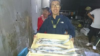 <p>尾田様 沖の北 タッチポン陸 タチウオ多数GET</p> <p>タッチポン良く釣れてますね(^O^)おめでとうございます!</p>