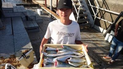 <p>市川様 沖の北 ルアー ツバス・サゴシ・タチウオGET</p> <p>今日は良く釣れていますね!(^O^)おめでとうございます</p>