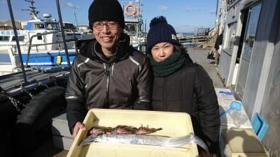 <p>キムニィ&キムネェ様 沖の北 うき釣りでタチウオ!探り釣りガシラ!この数日北の内向きでタチウオの好釣果が出てたんですが今朝は情報なし…。最近朝かなり冷え込むので防寒対策はしっかりしてくださいね。</p>