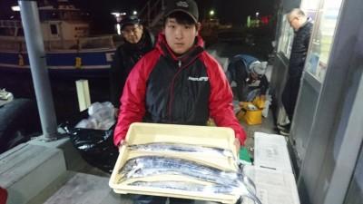 <p>マサアキ様 沖の北 ノマセ タチウオGET</p> <p>タチウオ初挑戦でお見事GETですね!おめでとうございます(^O^)</p>