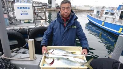<p>松田様 沖の北 ノマセとテンヤでツバス~メジロサイズ2尾とタチウオGET</p> <p>ブリサイズはどこへいったのか!?今後に期待ですね(^O^)おめでとうございます!</p>