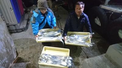 <p>中島様 沖の北 アジノマセ タチウオ多数GET</p> <p>アジノマセはデカイのが釣れてますね!おめでとうございます(^O^)</p>