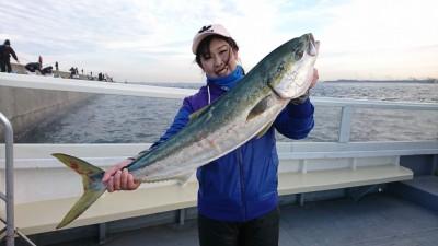 <p>沖の北先端 のませ釣りでブリ94㎝!7:40頃にヒット!最近は8時前後に釣れることが多いですね。</p>