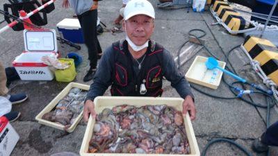 <p>松原様 沖の北 タコジグ タコ33杯GET</p><p>沖の北はサイズが少し小さいようですが、丁寧に探れば数釣りできますね!</p>