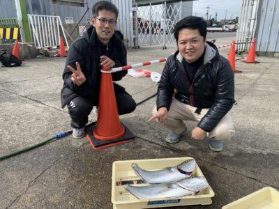 <p>はんそく釣り部 様 沖の北 のませ釣りでメジロサイズ2匹!!!のませは安定していますね!おめでとうございます^ ^</p>