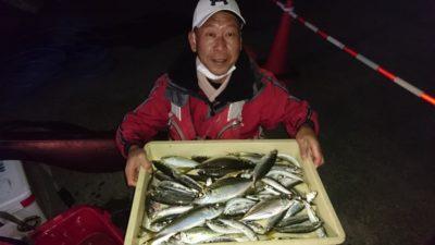 <p>松原様 沖の北 サビキ アジ~30cmまで18匹とマイワシGET</p><p>マイワシを捨てている方がいますが、スーパーでは新鮮なマイワシなんて売ってませんよ!一度食べてみてくださいね(^^♪</p>