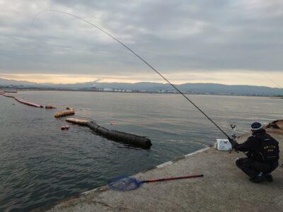 <p>福山様 沖の北 エビ撒き釣りでチヌ!</p>
