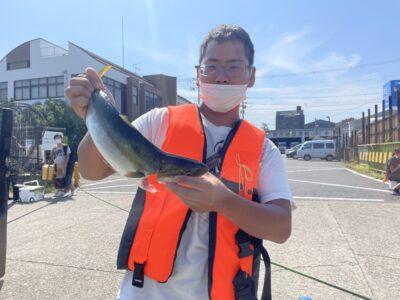 <p>ひさい様 沖の北 のませ釣りでハマチ GET!!</p>